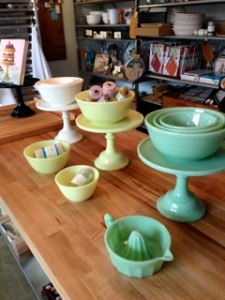 WB teal cake stand